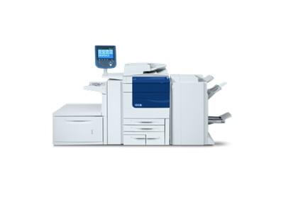 DataMaster : L'équipe technique de DataMaster teste la Xerox Color 550